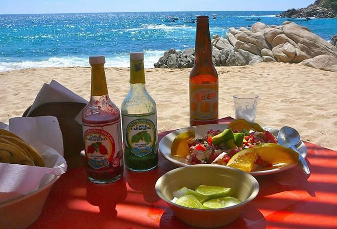 Fish-ceviche-Manzanillo-beach-